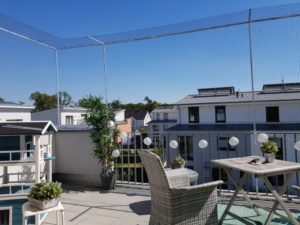 Dachterrasse mit Katzennetz