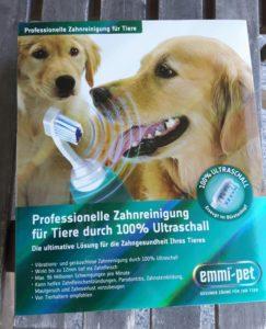 Zahnpflege für Katzen mit der emmi-pet Ultraschall Zahnbürste